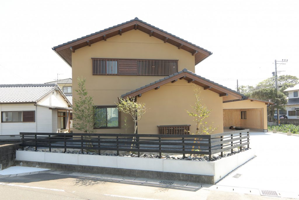床座のある住まい ~長浜の家~ R3年度エアサイクル・デザインコンテスト「審査員特別賞」を受賞完成画像
